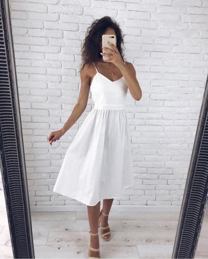 Платье с открытой спиной с завязками