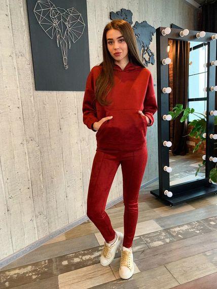 Бордовый замшевый костюм