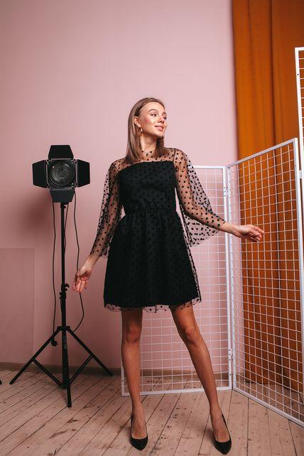 Красивое сеточное платье с подкладкой